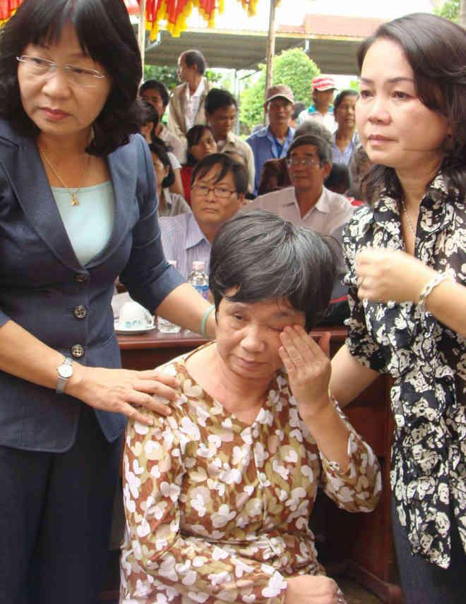 Luong Y Vo Hoang Yen chua cam diec bai liet tam co than y 4